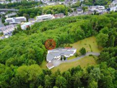 居外网在售卢森堡4卧2卫的房产总占地999574平方米