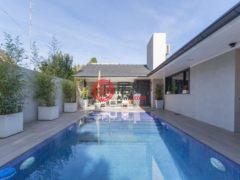 居外网在售阿根廷3卧3卫的房产总占地283平方米USD 620,000