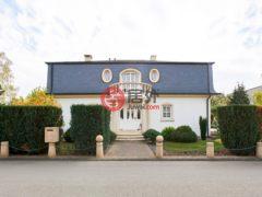 居外网在售卢森堡4卧3卫的房产总占地607平方米