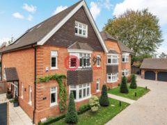 居外网在售英国5卧4卫特别设计建筑的房产总占地362平方米GBP 1,500,000