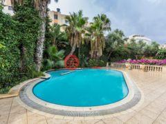 居外网在售马耳他7卧的房产总占地550平方米