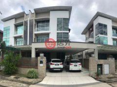 居外网在售马来西亚亞庇6卧6卫的房产总占地266平方米MYR 1,680,000