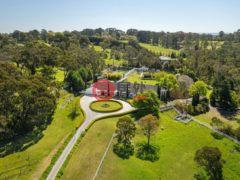 居外网在售澳大利亚7卧7卫的独栋别墅总占地46200平方米AUD 6,950,000