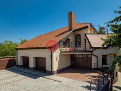 居外网在售斯洛伐克Bratislava6卧5卫的房产总占地241平方米