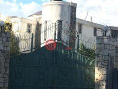 居外网在售海地6卧5卫的房产总占地372平方米USD 750,000