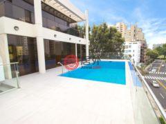 居外网在售秘鲁San Isidro4卧5卫的房产总占地796平方米USD 6,500 / 月