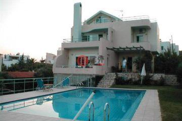 居外网在售希腊4卧2卫最近整修过的房产总占地1000平方米EUR 380,000
