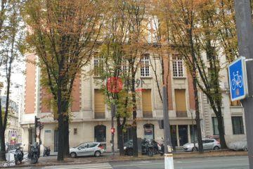 居外网在售法国巴黎EUR 1,600,000总占地120平方米的商业地产